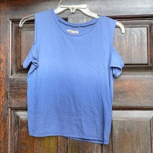 Hollister Cropped Tee w/ Shoulder Cut-outs